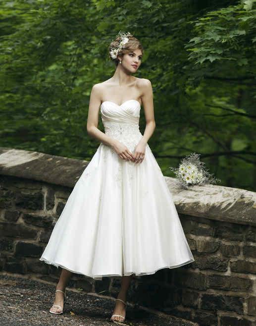 You should buy your wedding dress in time - tea length wedding dress