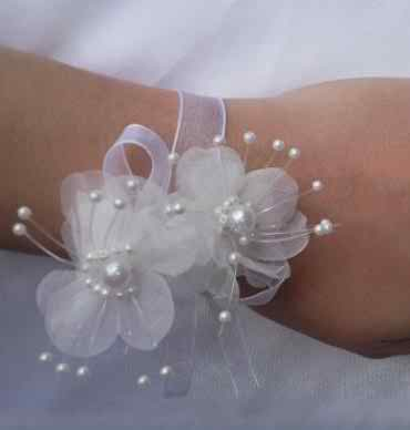 beautiful corsages 22