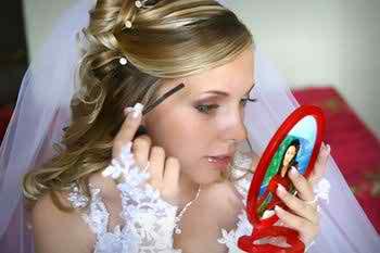beautiful-hairdos-for-brides3