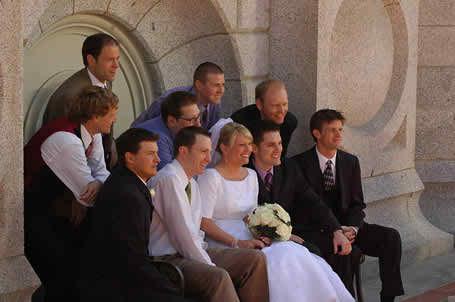 behaving in the wedding day