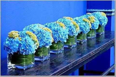 blue wedding flowers4
