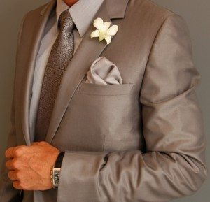 colored-outfits-for-the-wedding-day3