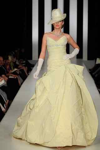 colored wedding dresses 2