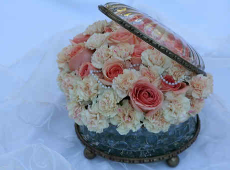 compact flower arrangements 3