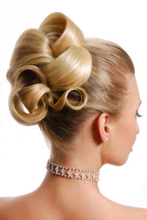 curly hairstyles for your wedding day4