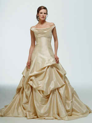 fairy-tale-gowns-for-her-and-him3