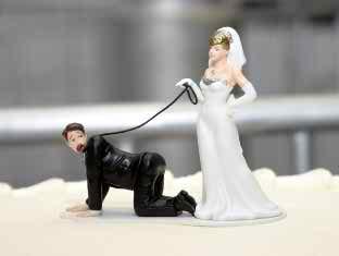 funny wedding cake tops4