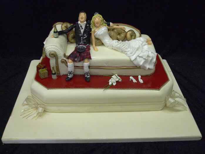 funny wedding cakes images wedding cakes topweddingsites 14580