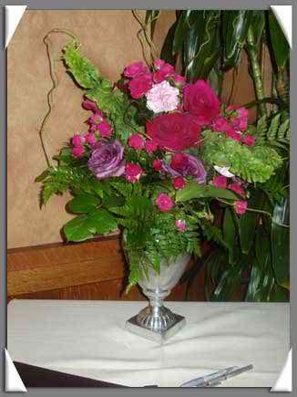 latest wedding flower trends