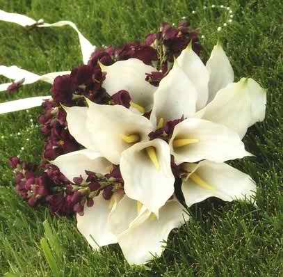 lilies wedding flowers 2