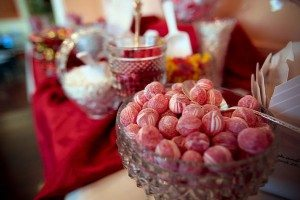 manufacturing-colored-wedding-decorations2