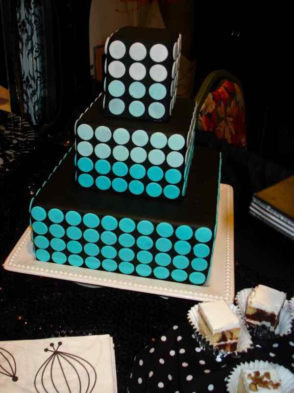 minimalist wedding cakes