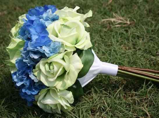 models of Biedermeier bouquets