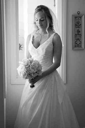 natural-make-up-and-hairdo-for-brides