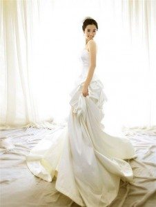 nice-wedding-dresses-made-of-beautiful-materials