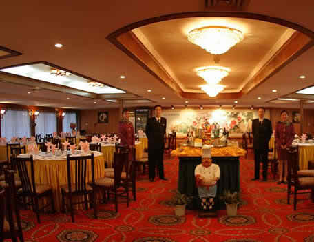 organizing the wedding - the restaurant