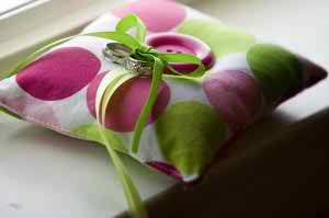 pillows-for-wedding-rings2
