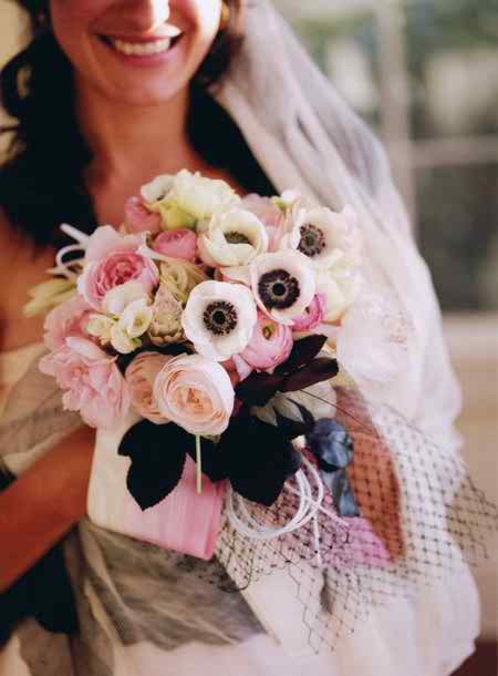 pink bridal bouquets 3
