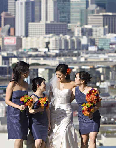 Boobs between bride loves
