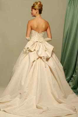 Pompous wedding dresses