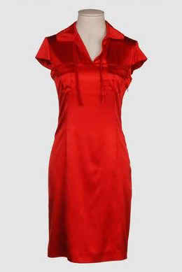 red dress for the maid of honor