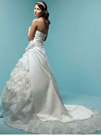 ruffle wedding dresses 2