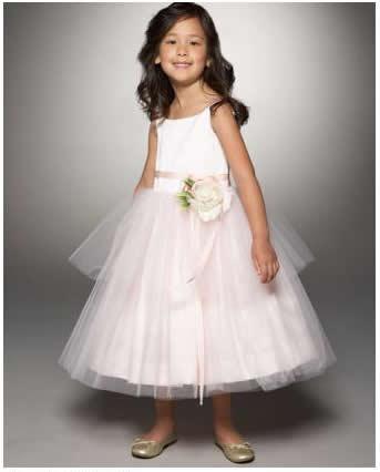 ruffled dresses for the flower girls2