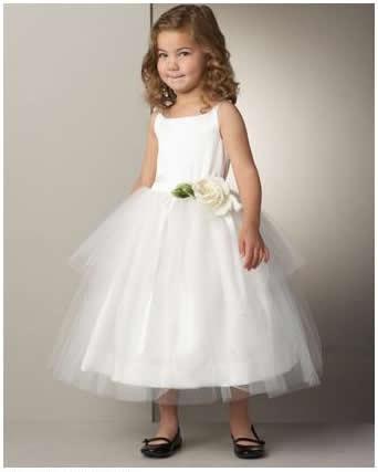 ruffled dresses for the flower girls3