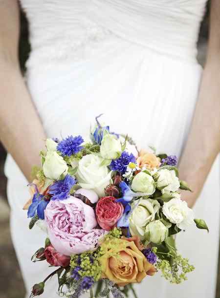 short bridal bouquets 3