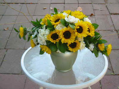 sunflower theme for your wedding 2 4