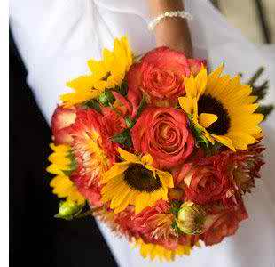 sunflower theme for your wedding 2
