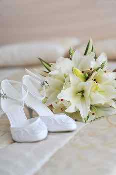 the-bride's-high-heeled-shoes-or-sandals2