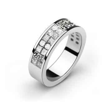 the-engagement-ring-3