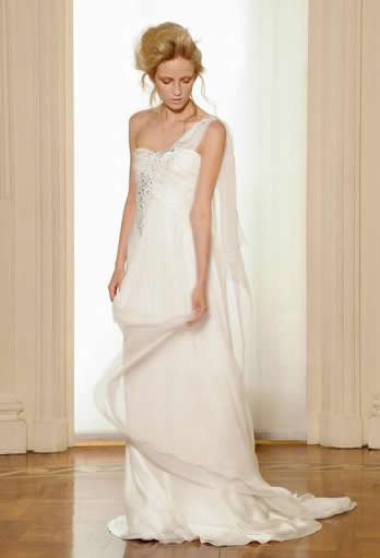 things to know about trendy bridal gowns