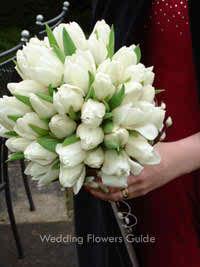 tips concerning spring wedding flowers
