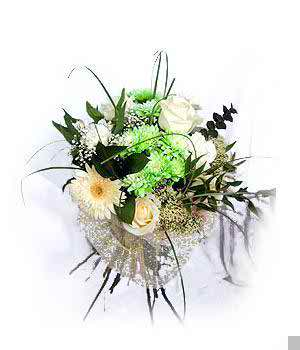 traditional and contemporary bridal bouquets