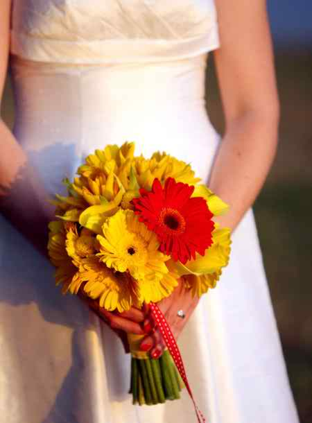 yellow bridal bouquets 4