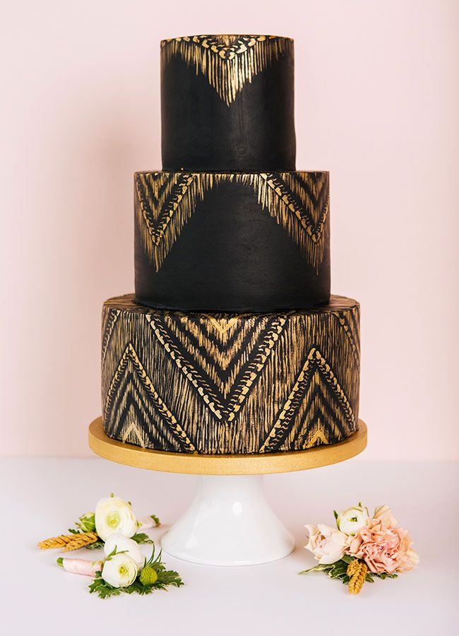 Stunning Black and Gold Theme Ideas to Use in Your Wedding, 24cddaaba6b5ca9798ba984a2d8fc637