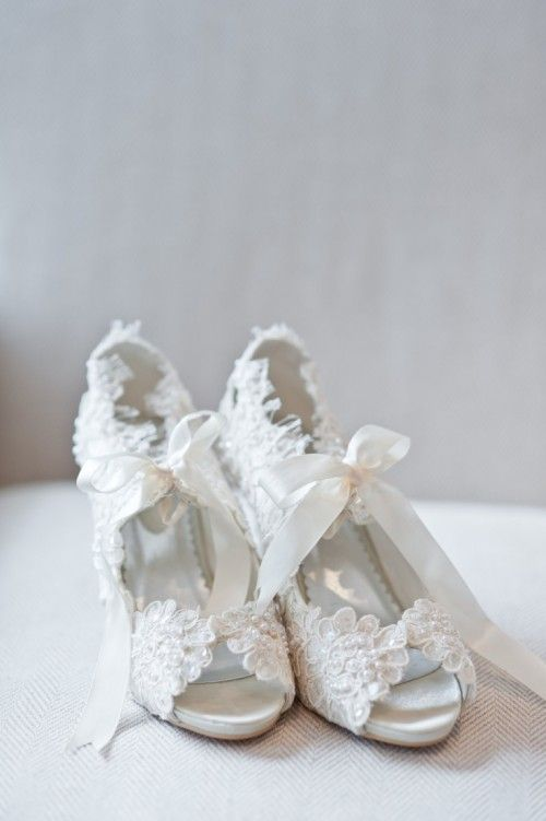 vintage wedding shoes for bride lace wedding shoes for the to be 8334