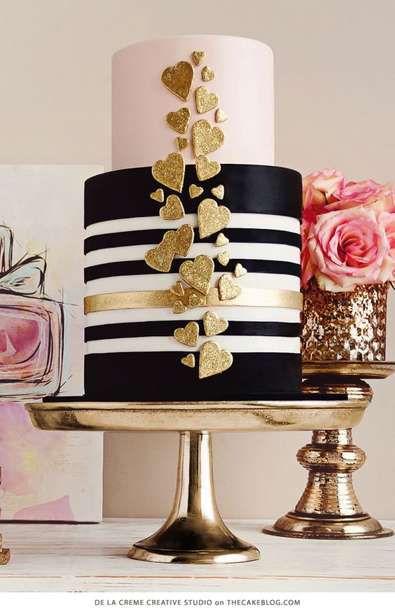 These 10 black wedding cakes will leave your mouth gaping for Decoration 50 ans homme