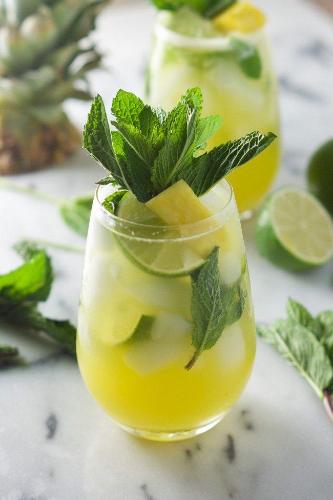 Skinny-Sparkling-Mint-Pineapple-Lemonade-6