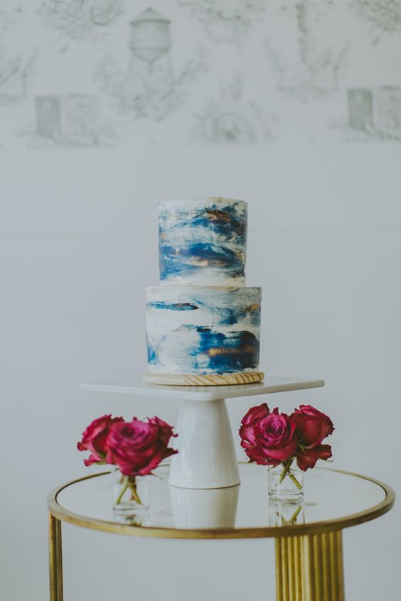 10 Marbled Wedding Cakes That Nix Traditional Style