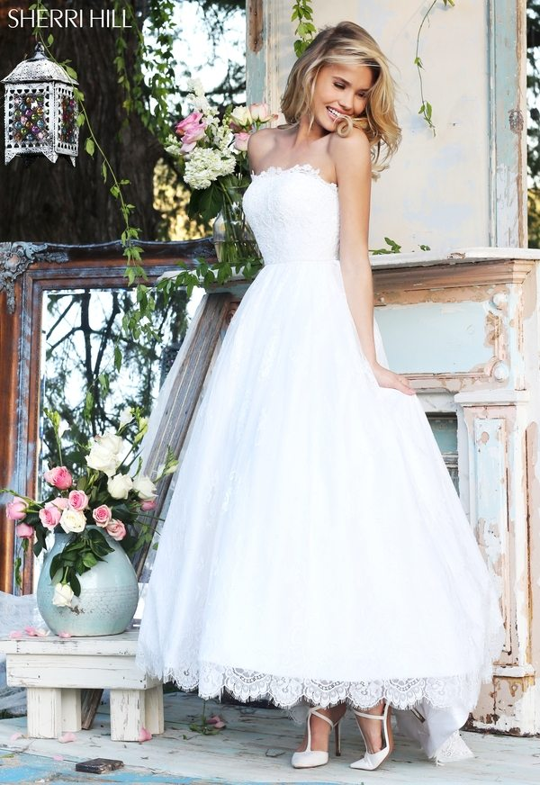 10 Standout Sherri Hill Wedding Gowns We Love | | TopWeddingSites.com