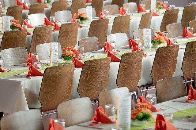 2-banquet-tables
