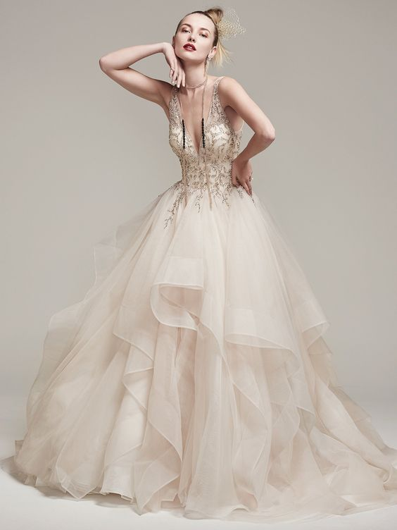 10 More Of Our Favorite Dramatic, Glamorous Ball Gowns | Wedding ...