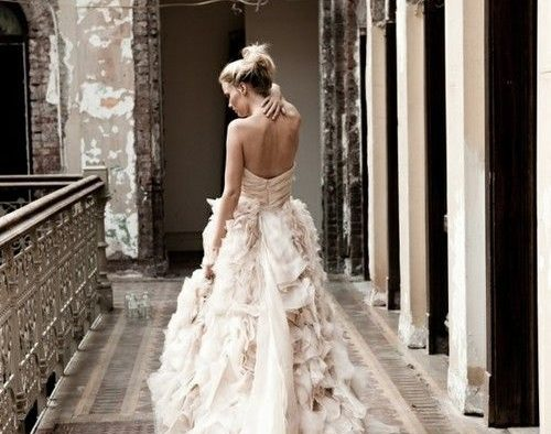 Cheap Wedding Dresses Chattanooga Tn: 10 More Of Our Favorite Dramatic, Glamorous Ball Gowns