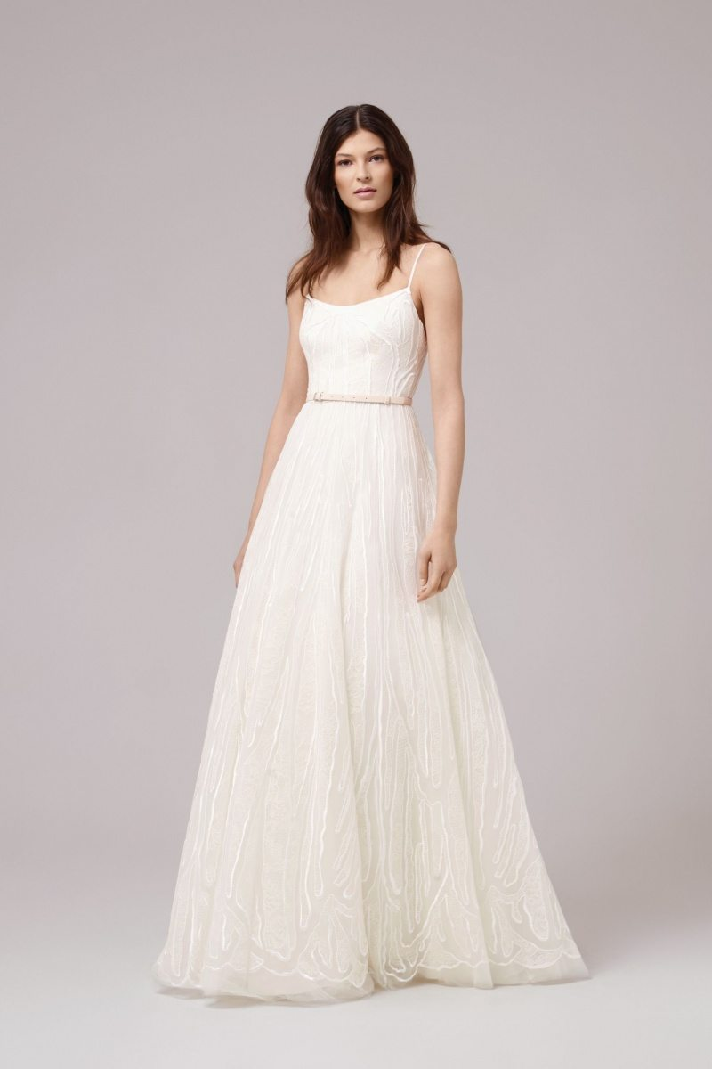 Fall In Love With Anna Kara And Her Beautiful Wedding Gown Designs
