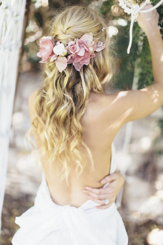 10 Bohemian Wedding Hairstyles / Example Photos