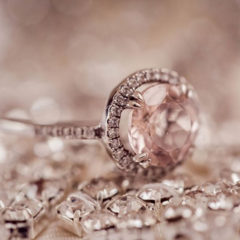 Hints for the Perfect Engagement Ring