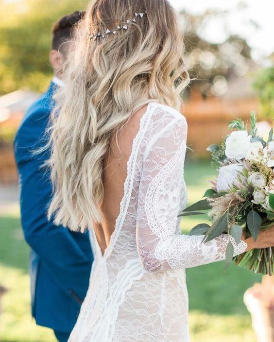 Easy Beach Wedding Hairstyles: 10 Bohemian Wedding Hairstyles / Example Photos